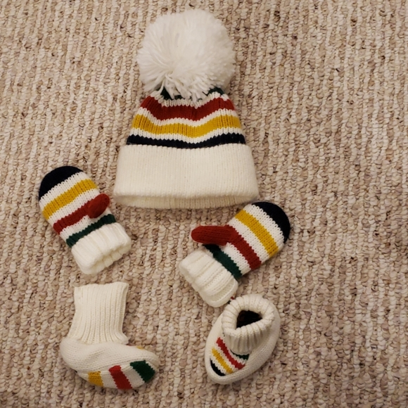 Hudson's Bay Other - 12-24 month HBC hat, mitts, booties set